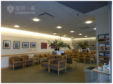 麻省总医院候诊室.png