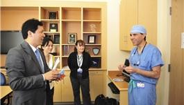 公司领导访问波士顿儿童医院(2013.5,波士顿)