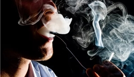 海外医疗 老是声音嘶哑可能喉颈部长瘤?有吸烟史人群须警惕
