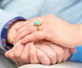 夫妻携手抗癌,一年后终于打...