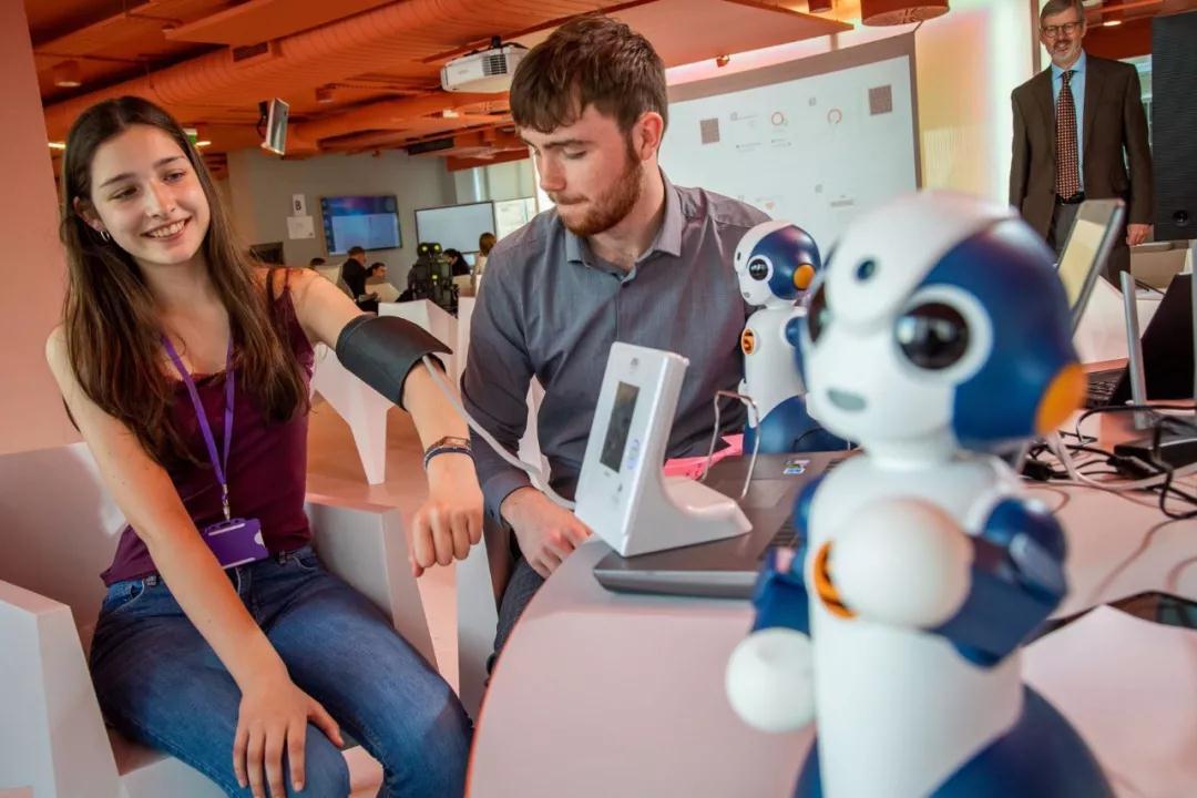 人工智能等前沿技術在醫療領域的轉化1.jpg