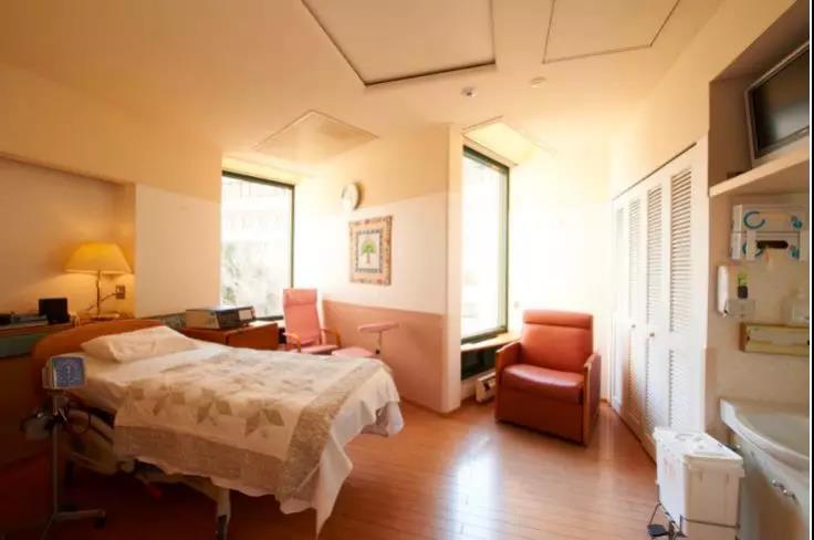 这家日本医院曾在东京空袭、沙林毒气事件一线参与救助,疫情期间仍为中国患者敞开大门5.jpg