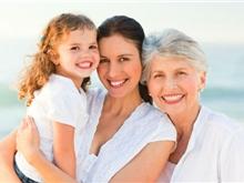 晚期卵巢癌老年女性选择何种治疗?让历