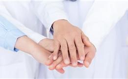 """担心癌症治疗方案不规范、人财两空?""""中美大医生联合诊疗""""来了!"""