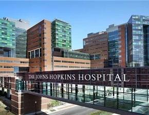 约翰霍普金斯医院:一岁半宝宝从五米高台坠落,头先着地……