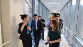 8年·印记 | 哈佛大学医学院附属布列根和妇女医院祝贺BOSS娱乐8周年(视频)