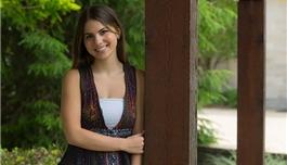 手术帮助美丽的少女修复罕见脑病变,告别了癫痫!