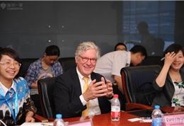 美国联盟医疗体系国际部总裁Dr. Mudge在安贞医院研讨会现场
