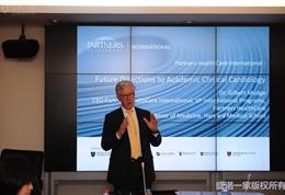 美国联盟医疗体系国际部总裁Dr. Mudge在安贞医院做主题演讲 (4)