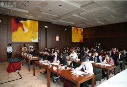 盛诺一家(广州)首届TOP DOCTOR尊享沙龙听全美排名第一的心脏病中心,告诉你如何提高救助与康复治疗现场 (7)